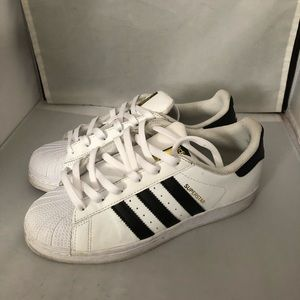 Adidas shell toe super sneakers 5.5